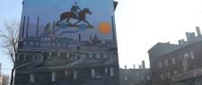"""2. """"Kazimierz Kutz"""" – mural powstały przy ul. Wypoczynkowej 3  zaprojektowany przez śląskiego artystę Erwina Sówkę, wykonany przez NIETAK.EU i Łukasz Zasadni z inicjatywy Gazety Wyborczej przy współpracy Urzędu Miasta Katowice, Katowice 2019."""